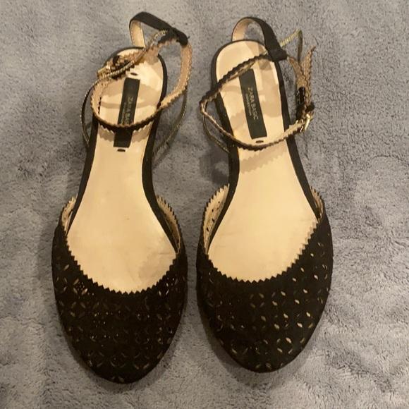 Zara black sandals with gold detail sz 37